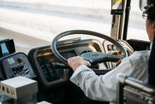 高速バスの運転手